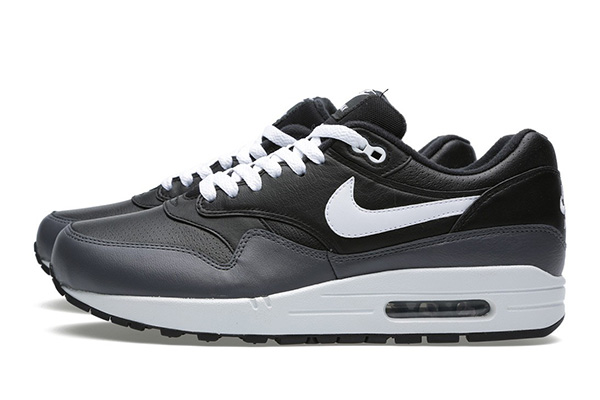 nike-air-max-1-essential-leather-black-white-darkgrey-2
